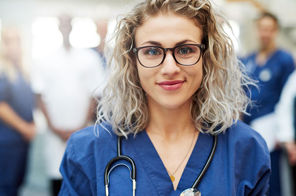 Fotografía de asistente de hospital
